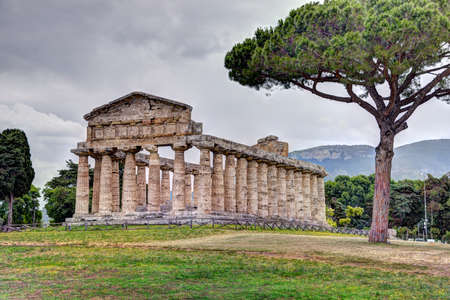 Greek temple of the Greek goddess Athena (Minerva to the Romans) in Paestum, Italy Reklamní fotografie
