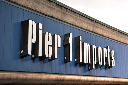 Springfield, Missouri - March 20, 2019: Pier 1 Imports is a Fort Worth, Texas based retailer specializing in imported home furnishings and decor. Editorial.
