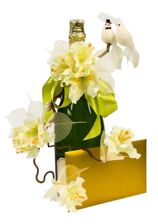 Wedding champagne with flowers, letter and birds Standard-Bild