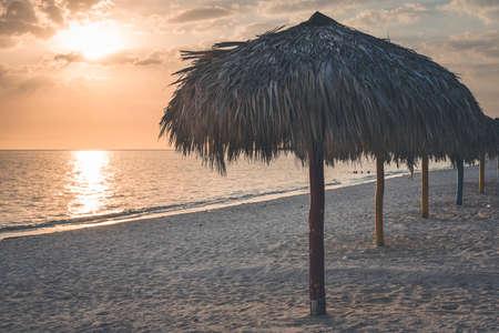 Sunset at Playa Ancón Cuba 版權商用圖片