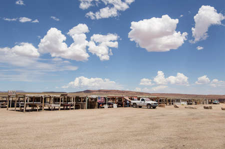 Typical open-air Navajo market where products and jewels of their own tradition are sold - Typical Navaji market in the desert of Utah Stock Photo