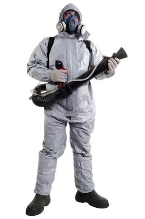 disease prevention: Un trabajador de control de plagas con una m�scara para ayudar a exterminar las ratas y otras alima�as