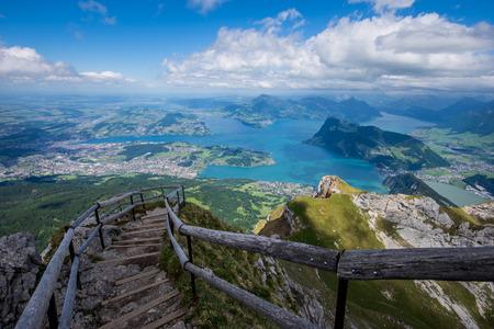 Meer van Luzern vanaf de Pilatus Stockfoto