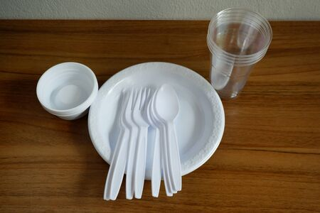 Disposable plastic products plates and spoons and plastic cups, Food container that is harmful to the environment.