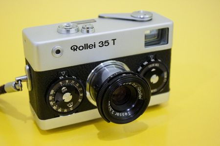rangefinder: CHIANG MAI, THAILAND - NOVEMBER 8: Classic cameras like the Rollie 35t have found new life  in the country with the resurgance of film photography on November 8, 2013 in Chiang Mai, Thailand.