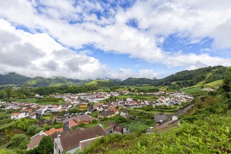 Das schöne Inseldorf Furnas auf Sao Miguel auf den Azoren.