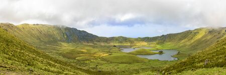 A stunning panorama of the massive Corvo Caldera on the island of Corvo in the Azores, Portugal. Banque d'images