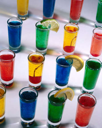 rainbow cocktail: Occhiali shot  Archivio Fotografico