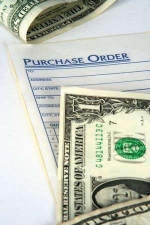orden de compra: Orden de compra con el dinero Foto de archivo