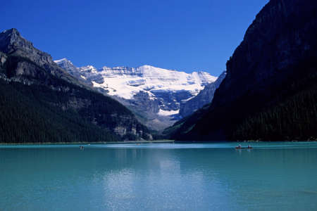 louise: Lake louise with boats