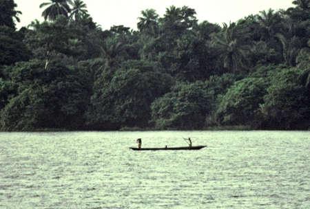 コンゴ カヌー競技