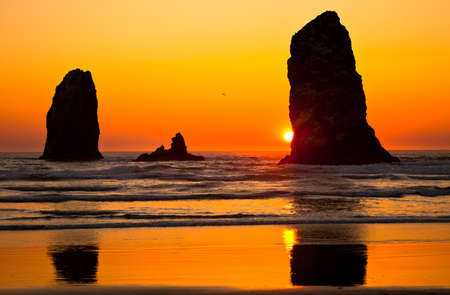 state of oregon: Cannon Beach Sunset In Oregon USA, Stock Photo