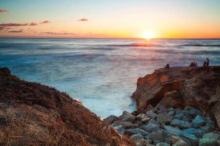 日没の崖日没、San Diego カリフォルニア州アメリカ合衆国 写真素材 - 23081581
