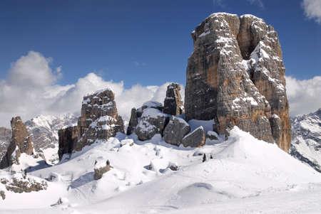View of the Five Towers in Winter Season in the Italian Dolomites, Beautiful Landscape, Veneto, Italy Banco de Imagens