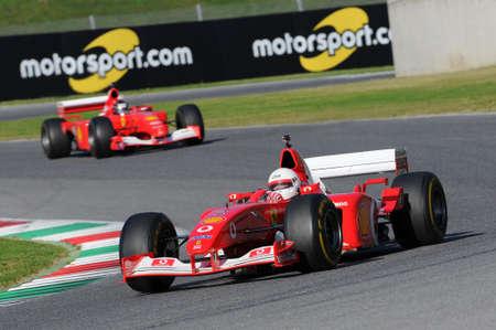 MUGELLO, IT, 2015 년 11 월 : 이탈리아의 mugello 회로에서 페라리 F1으로 알려지지 않은 운영