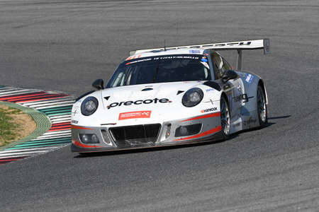 12h Hankook Mugello 18 March 2017: #911 Herberth Motorsport, Porsche 991 GT3 R: Daniel Allemann, Ralf Bohn, Robert Renauer, Alfred Renauer on Mugello Circuit.