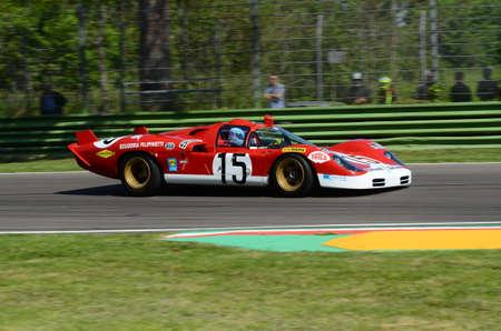 21 April 2018: Unknow drive Ferrari 512 S (Coda Lunga) prototype during Motor Legend Festival 2018 at Imola Circuit in Italy. 報道画像