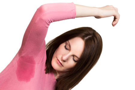 sudoracion: Mujer reblandece muy gravemente bajo el axila