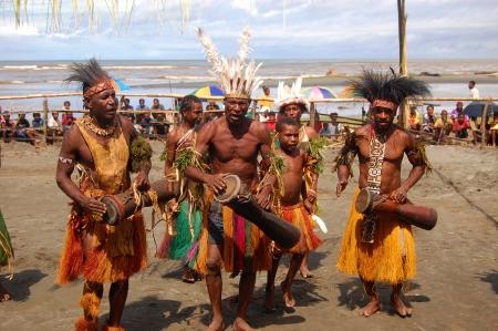 new guinea: Tradizionale festa mascherina di ballo, Provincia del Golfo, Papua Nuova Guinea