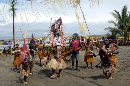 Nuova Guinea: Tradizionale festa mascherina di ballo Papua Nuova Guinea Editoriali
