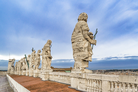 Statues of the apostles on the facade of Saint Peters Basilica, Vatican City Stock Photo