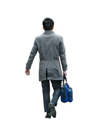 La vista posteriore ha sparato all'uomo esecutivo che porta la cartella che cammina foto isolata