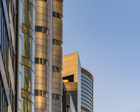 TOKYO, JAPAN, JANUARY - 2019 - Modern tall buildings at famous shibuya neighborhood in tokyo city, japan Редакционное