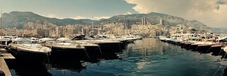 Row of luxury motor yachts in Port de Fontveille Monaco Archivio Fotografico