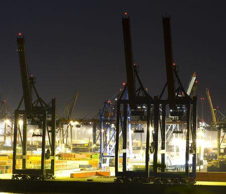 hamburg: Commercial port at night