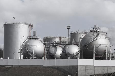 storage tanks: Storage tanks in Oil Depot