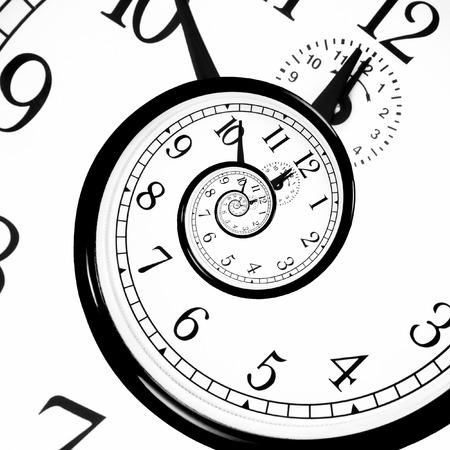 Tiempo: Time Warp - Dilatación del tiempo. La mecánica cuántica se reúne la relatividad general.