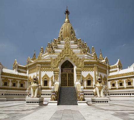 relic: Swe Taw Myat, Buddha Tooth Relic Pagoda,Yangon, Myanmar Stock Photo