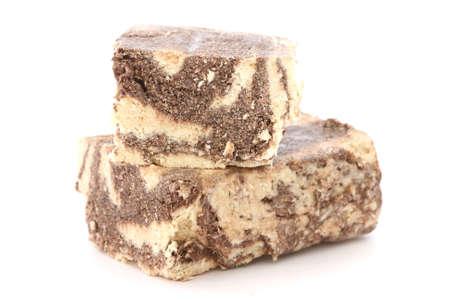 Типичный греческий какао халвы десерт разрезать на две части