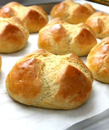 noone: Home made buns