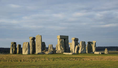 스톤 헨지 (Stonehenge)는 영국 윌트 셔 (Wiltshire)에 위치한 세계에서 가장 유명한 사이트 중 하나입니다. 스톡 콘텐츠