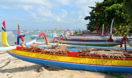 sanur: Colorful traditional fishing boats on Sanur Beach, Bali