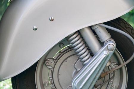 scooter wheel suspension