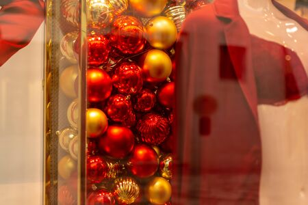 Christmas Balls in a Shop Window during Christmas period on blurred background 版權商用圖片