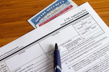 Aanvraag voor Employment Authorization te vullen
