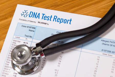DNA test report of paternity Archivio Fotografico