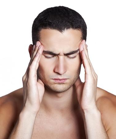 Les hommes ayant une migraine isol� sur fond blanc