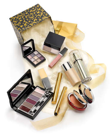 make a gift: Make ups and cosmetics set gift