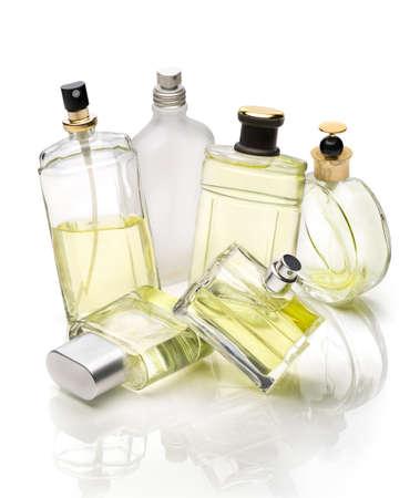 botella: Botellas de la perfumería de conjunto sobre fondo blanco Foto de archivo
