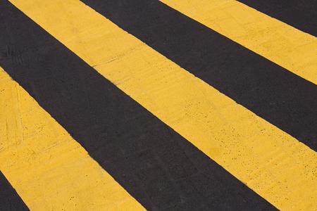 senda peatonal: Línea de paso de peatones