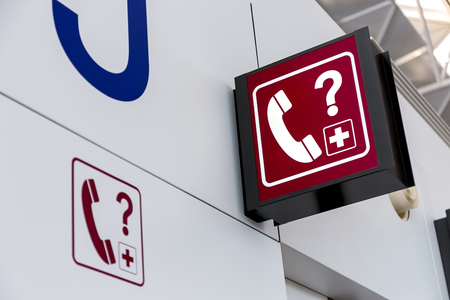 primer lugar: Telephone sign Lightbox in the airport
