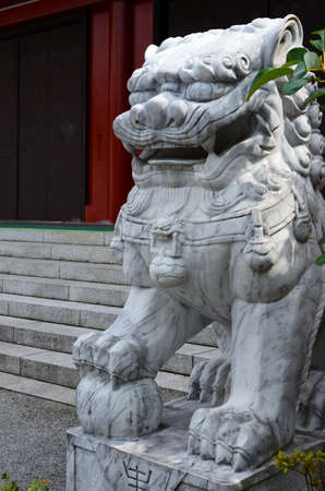Sculpture at the entrance to the temple in Asakusa.