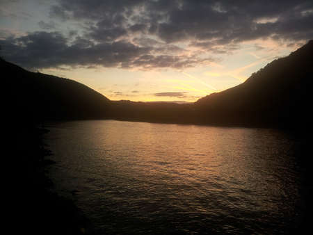 tranquilly: sunset at the moselle