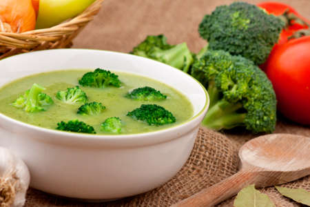 broccoli: Broccolisoep Stockfoto