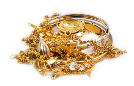 scrap metal: Rottami d'oro