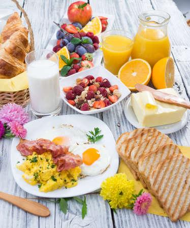 Breakfast Фото со стока